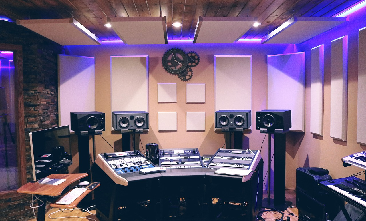 Home Music Studio Essentials – All You Need to Know